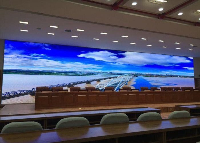Cina Resolusi Tinggi Indoor LED Advertising Display P3 Full Color Layar LED Video pabrik